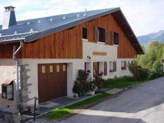 Aux 3 Gîtes Sentiers2000 - ST - La Cote-d'Aime vacation rentals