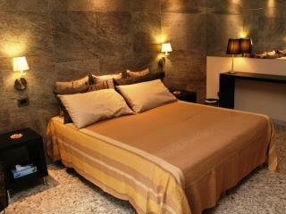 2 bedroom Condo with Internet Access in Monopoli - Monopoli vacation rentals