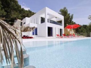 LLO100001 - Cala Llonga vacation rentals