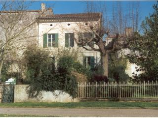 Chez Pessac- the view from the terrace is sublime - Pessac-sur-Dordogne vacation rentals