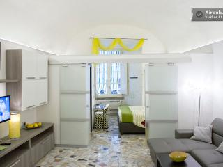 Perfect Naples Apartment rental with Dishwasher - Naples vacation rentals