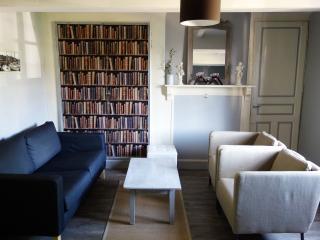 Delightful 17th Century Cottage - Honfleur vacation rentals