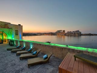 Waterfront Valletta House With Pool - Valletta vacation rentals