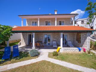 Villa Fiola in beautiful lagoon - Novalja vacation rentals