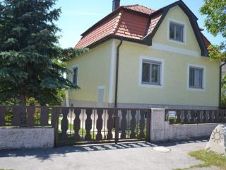 Vacation Home in Deutschkreutz - 1292 sqft, central, sunny, charming (# 4782) - Vienna City Center vacation rentals