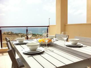 Isla Plana, vacker lägenhet med havsutsikt - Moratalla vacation rentals