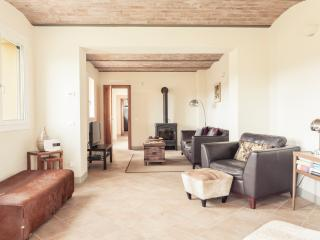 Spacious Villa with Internet Access and Dishwasher in Bologna - Bologna vacation rentals