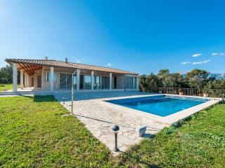 CORRITX - Selva vacation rentals