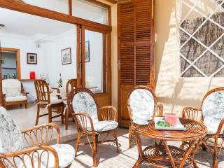 BELLA - Property for 6 people in PORT D'ALCUDIA - Puerto de Alcudia vacation rentals