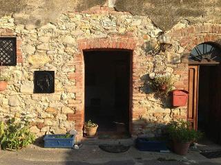Studio Apartment Italy (Castiglione del Lago) - Castiglione Del Lago vacation rentals