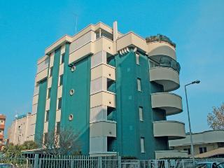 1 bedroom Apartment with Washing Machine in Riccione - Riccione vacation rentals