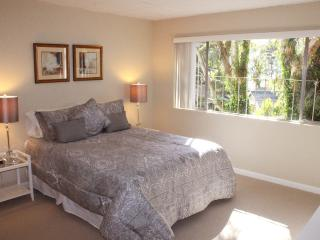 Grand View Suite - San Leandro vacation rentals