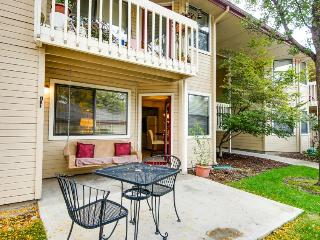 Cozy Boise condo with hot tub and fireplace - Boise vacation rentals