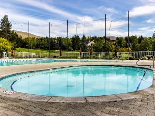 Welcoming condo w/ shared pools, hot tub, sauna, tennis & more! - Sun Valley vacation rentals