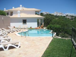 Apartamento Águia Real - 2 - T2 - Albufeira vacation rentals