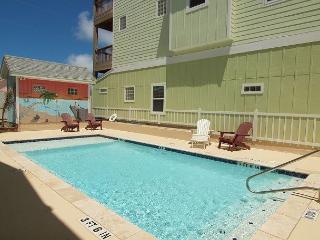 Peyton's Abbey, 6/4, Pool, Private Apt, Sleeps 20! - Port Aransas vacation rentals