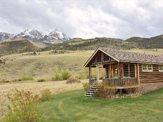 Absaroka Cabins - Pray vacation rentals