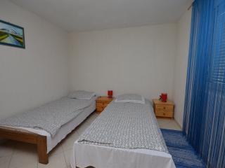 Apartments Mira - 57081-A1 - Vinjerac vacation rentals