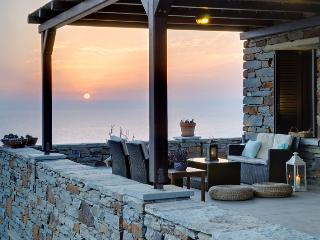 Kastellakia Bay Villas Aperon - Kea vacation rentals