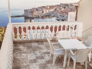 Apartment with beautiful view in Dubrovnik 1 - Dubrovnik vacation rentals