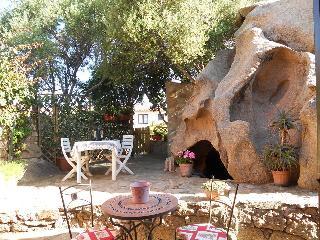 Nice 1 bedroom Liscia di Vacca Cottage with Internet Access - Liscia di Vacca vacation rentals
