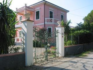 Villino Rosa - Portoferraio vacation rentals