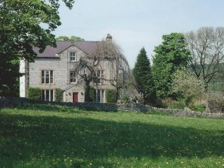 9 bedroom House with Internet Access in Great Longstone - Great Longstone vacation rentals