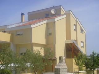 "4 Star ""Villa Adria"" - Cherry - Kozino vacation rentals"