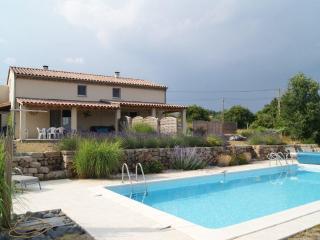 Double villa avec piscine (sud Ardèche) - Lablachere vacation rentals