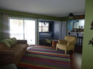 Wonderful 2 Bedroom 2 Bathroom Condo Near the Beach!! Second floor unit!!!!!! - Destin vacation rentals