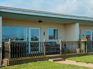 Exclusive Peaceful Chalet Holiday in Bacton - Bacton vacation rentals