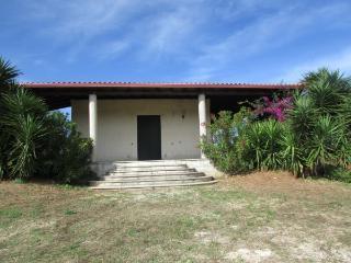 4 bedroom Villa with Television in Uggiano La Chiesa - Uggiano La Chiesa vacation rentals