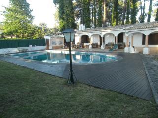Casa c/ PISCINA - Alvor vacation rentals
