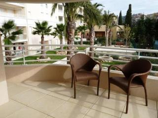 Bristol Yellow Fantastic Vacation Rental with a Balcony - Cannes vacation rentals