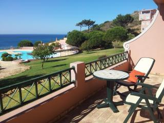 Seaview Apartment Luz-Burgau West Algarve - Luz vacation rentals
