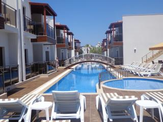 Perfect 1 bedroom Turgutreis Condo with Internet Access - Turgutreis vacation rentals
