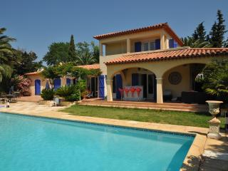 Bright 4 bedroom Ramatuelle Villa with Internet Access - Ramatuelle vacation rentals