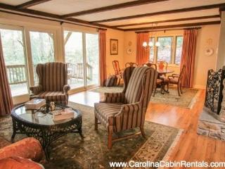 Elegant 3BR in Hound Ears Community with Open Living Area, Lots of Natural Light, in Relaxed Wooded Setting, Just Minutes to Boone - Boone vacation rentals
