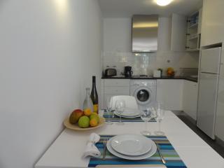 Oportoinn 03  Alferes Malheiro - Porto vacation rentals