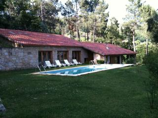Nice Townhouse with Internet Access and Dishwasher - Terras de Bouro vacation rentals