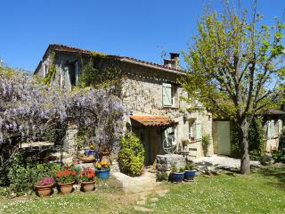 Charming stonehouse with pool near Fayence. - Tourrette vacation rentals
