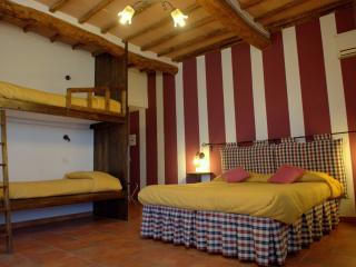 room for 4 people - PAPAVERO - - Siena vacation rentals
