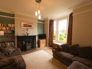 Beautiful 3 bedroom House in Ilfracombe with Kettle - Ilfracombe vacation rentals