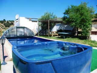 El serval,heated pool, jacuzzi, spa, wi-ffi.. - Montefrio vacation rentals