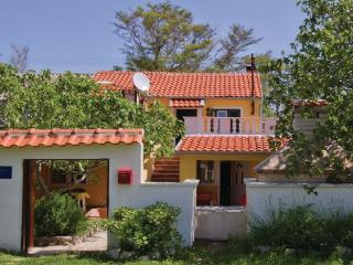 Gorgeous Villa with A/C and Satellite Or Cable TV - Nin vacation rentals