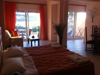 PARALIA LUXURY SUPERIOR STUDIO N3 - Agios Stefanos vacation rentals