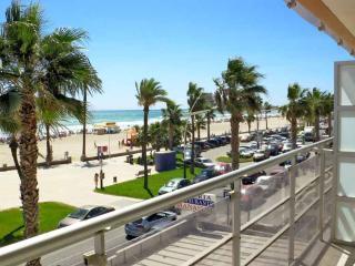 APARTAMENTOS POMPEYA - Peniscola vacation rentals