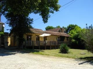 Roque Terrace, Holiday Gite rental for 2, Dordogne - Peyzac-le-Moustier vacation rentals
