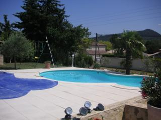 3 bedroom House with Internet Access in Roaix - Roaix vacation rentals
