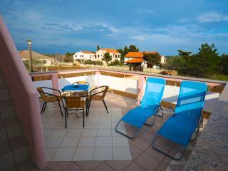 APARTMENTS VRKIC ISLAND VIR sleeps 4 - Vir vacation rentals